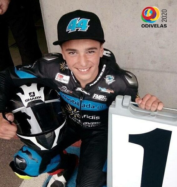 tomas_alonso__piloto_de_motociclismo_supersport_300